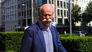 Daimler im Durchhaltemodus