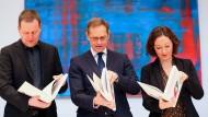 Rot-Rot-Grün unterzeichnet Koalitionsvertrag