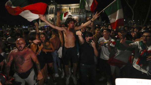 Italien zieht ins EM-Finale ein