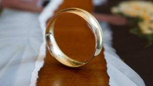 Ehen in Deutschland halten länger