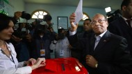 Stichwahl muss über ersten demokratischen Präsidenten entscheiden