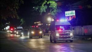 Vier Jungen aus Höhle in Thailand gerettet