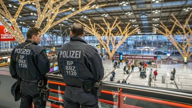 Ausspähversuch am Flughafen könnte Terror-Hintergrund haben