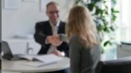 Sorgfältigkeit gefordert: Kleinste redaktionelle Korrekturen können den Abschluss eines Darlehensvertrags angreifbar machen.
