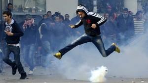 Regierung in Tunesien aufgelöst