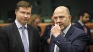 Valdis Dombrovskis, Vizepräsident der EU-Kommission (links), und Steuerkommissar Pierre Moscovici