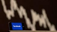 Soziale Netzwerke wie Facebook brachten in den vergangenen sieben Jahren jährliche Rendite, die sich sehen lassen kann.