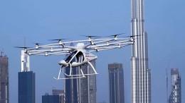 Selbstfliegendes Lufttaxi absolviert Testflug in Dubai