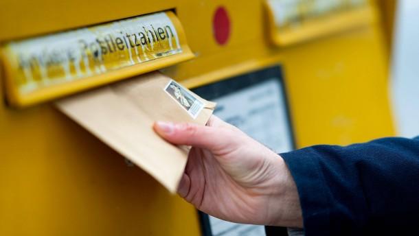 Post und 1&1 kündigen Briefe vorab per E-Mail an
