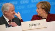 CDU begrüßt Horst Seehofer mit zögerlichem Applaus