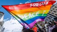 Tausende demonstrierten auf Ostermärschen