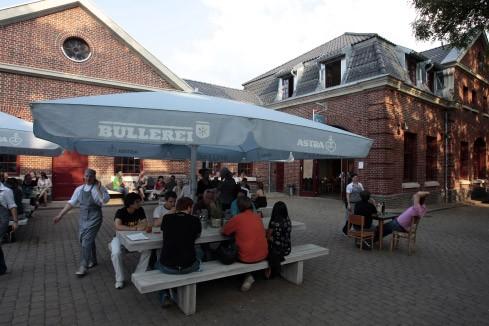 Bilderstrecke zu: Schanzenviertel in Hamburg: Yuppies und Randale ...