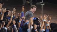 Sie haben schon Internet: Mark Zuckerberg in einem Treffen mit Technik-Studenten in Neu Delhi.