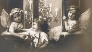 Drei Kinderengel am Fenster 1915.