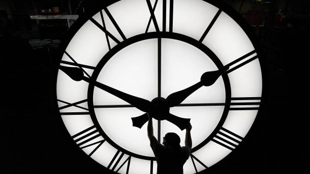 Warum es die Zeitumstellung noch gibt
