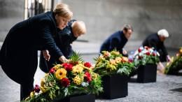 Zum Gedenken an Opfer von Kriegen und Gewalt