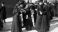 Traditionsbewusst: Kirchengängerinnen nach der Konfirmation