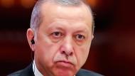 """Im Schatten der """"Säuberung"""" des Staats von mutmaßlichen Gülen-Anhängern geht die Türkei wieder einmal gegen eine der winzigen christlichen Minderheiten des Landes vor"""