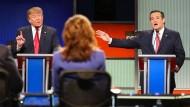 Heftiger Schlagabtausch: die republikanischen Präsidentschaftsbewerber Donald Trump und Ted Cruz (r.)