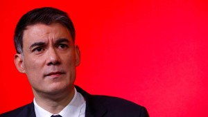 Parteitag wählt Olivier Faure zum neuen Chef