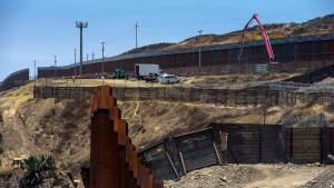 Pentagon gibt 3,6 Milliarden Dollar für Mauerbau frei