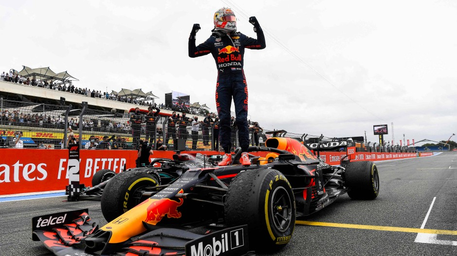 Sieger der Reifen: Max Verstappen jubelt über den Großen Preis von Frankreich.