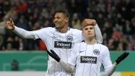 Verlässliche Stammkräfte: Der beste Eintracht-Schütze Haller (links) und sein fleißiger Hintermann Gacinovic