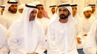 Muhammad Bin Raschid Al Maktoum, Emir von Dubai (rechts)