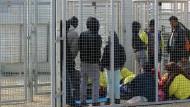 Amnesty: Flüchtlinge systematisch misshandelt