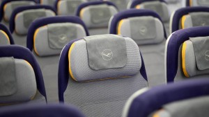 Lufthansa erwartet noch längere Flaute in Corona-Krise