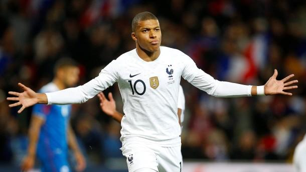 Frankreich entgeht Niederlage gegen Island