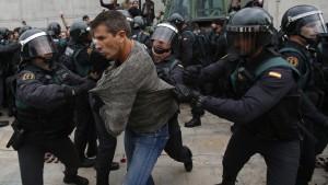Madrid gibt Katalanen Schuld an Gewalt