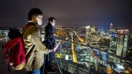 Über den Dächern Frankfurts: Was denkt Japan über Deutschland?