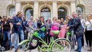 Fahrrad first in der Hauptstadt: Berlin habe mit dem Gesetz Geschichte geschrieben, jubelten die Grünen.