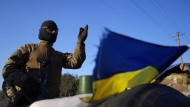 Ukrainischer Soldat nahe Schastya