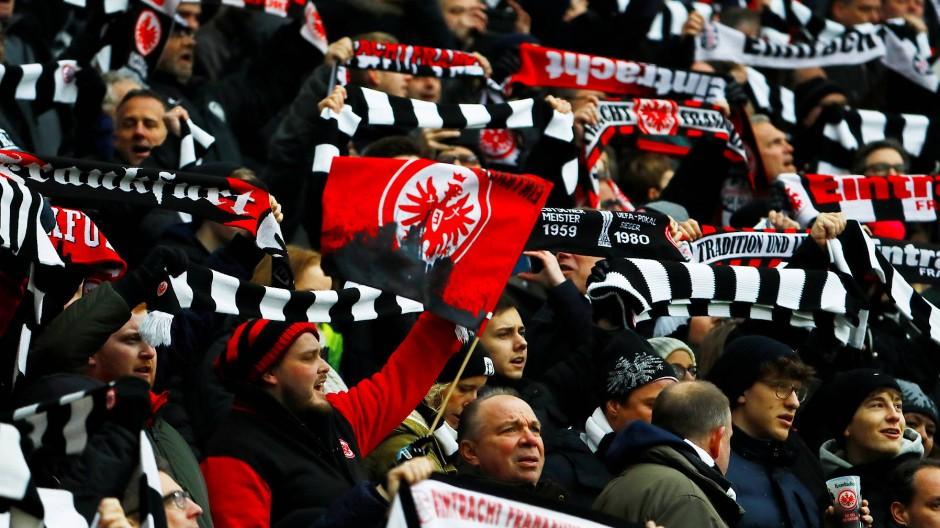 Frankfurter Fans beim Spiel gegen RB Leipzig