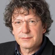 """Peter Penders - Portraitaufnahme für das Blaue Buch """"Die Redaktion stellt sich vor"""" der Frankfurter Allgemeinen Zeitung"""