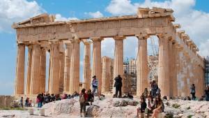 """Ratingagentur erhöht Ausblick für Griechenland auf """"positiv"""""""