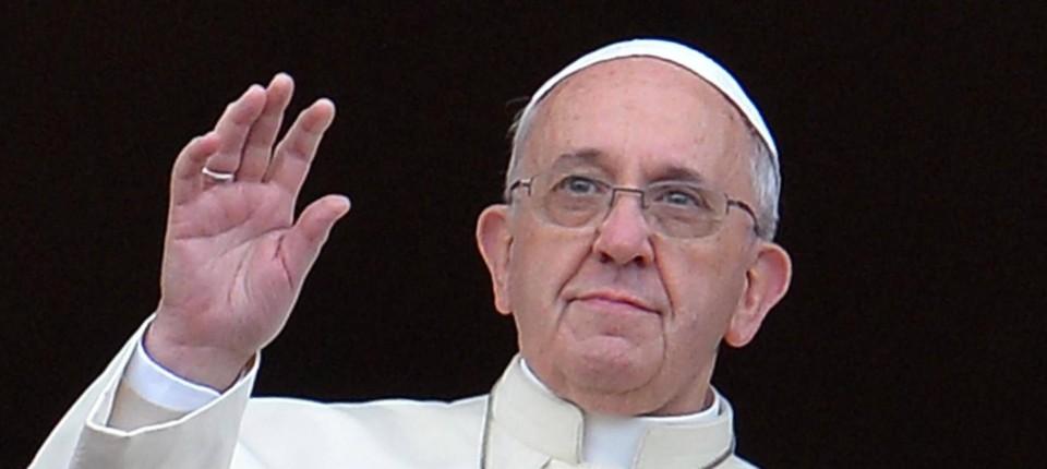 Päpstliche Weihnachtsbotschaft: Gebet um Einigkeit und Frieden ...