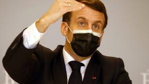 Macron verliert Wette gegen Youtube-Stars McFly & Carlito