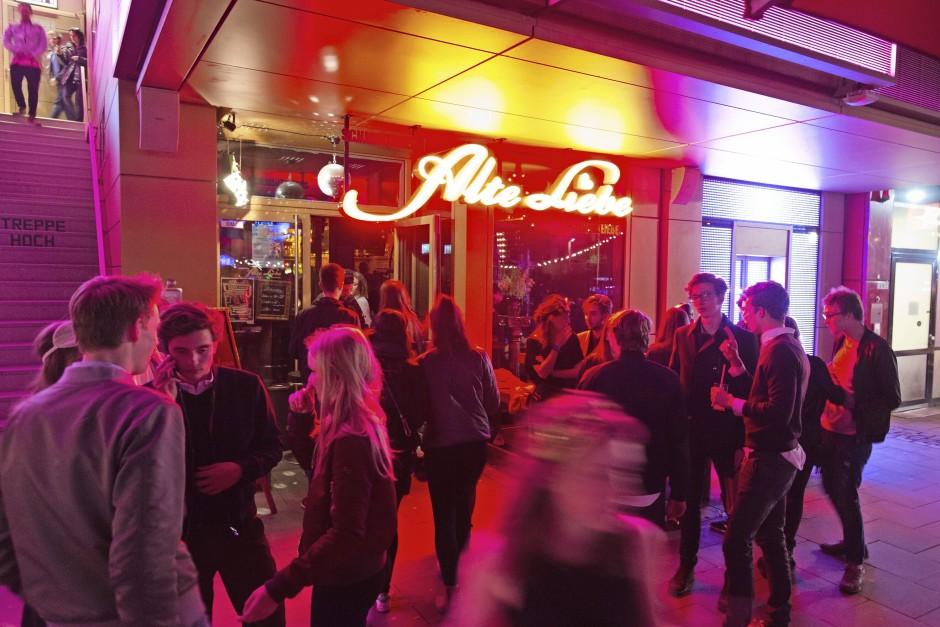 Blick auf den Club Schmidtchens Alte Liebe im Klubhaus St. Pauli in Hamburg