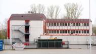Ungenutzt: Der Kreis hat das Gebäude seit drei Jahren für die Aufnahme von Flüchtlingen gemietet.