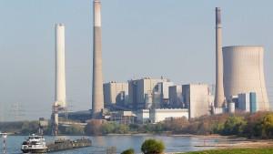 EU-Kommission hinterfragt Extrageld für Stromkonzerne