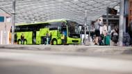 Wird Flixbus an der Abwicklung des Personenverkehrs gehindert? Ein Omnibus des Unternehmens im Zentralen Omnibusbahnhof Hannover.