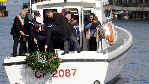 Gedenken an Opfer des Costa-Concordia-Unglücks