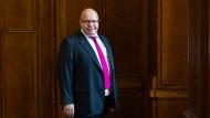 Der CDU-Politiker Peter Altmaier, 62, ist Bundesminister für Wirtschaft und Energie. Nächste Woche lädt er zu einem Gipfel für die Rettung der Innenstädte.