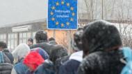 Forderungen aus der CDU nach weiterer Verschärfung des Asylrechts