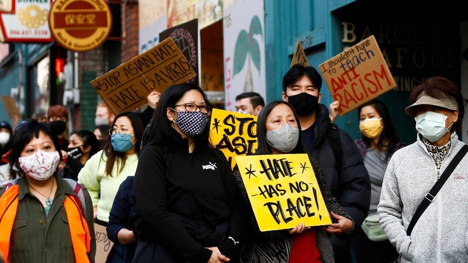 Kein Platz für Hass: In Washington protestierten am Samstag asiatischstämmige Amerikaner gegen Rassismus und Diskriminierung.