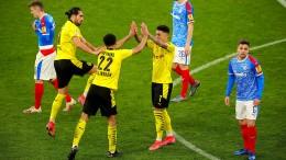 BVB schlägt chancenlose Kieler 5:0 – Finale gegen Leipzig