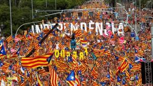 Hunderttausende demonstrieren für Unabhängigkeit Kataloniens
